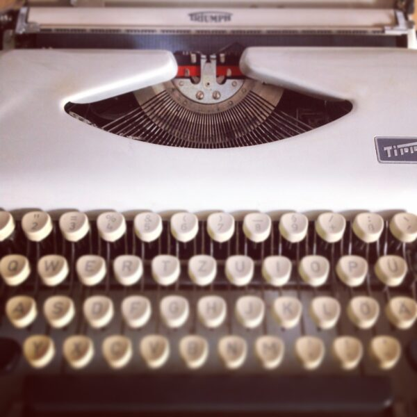 triumph tippa typewritter nina gregier blog (3)
