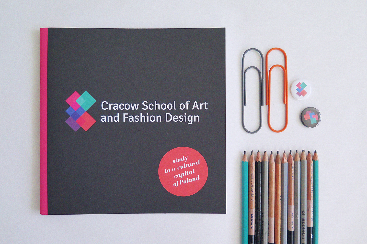 cracow school of art and fashion design brochure by nina gregier (1)